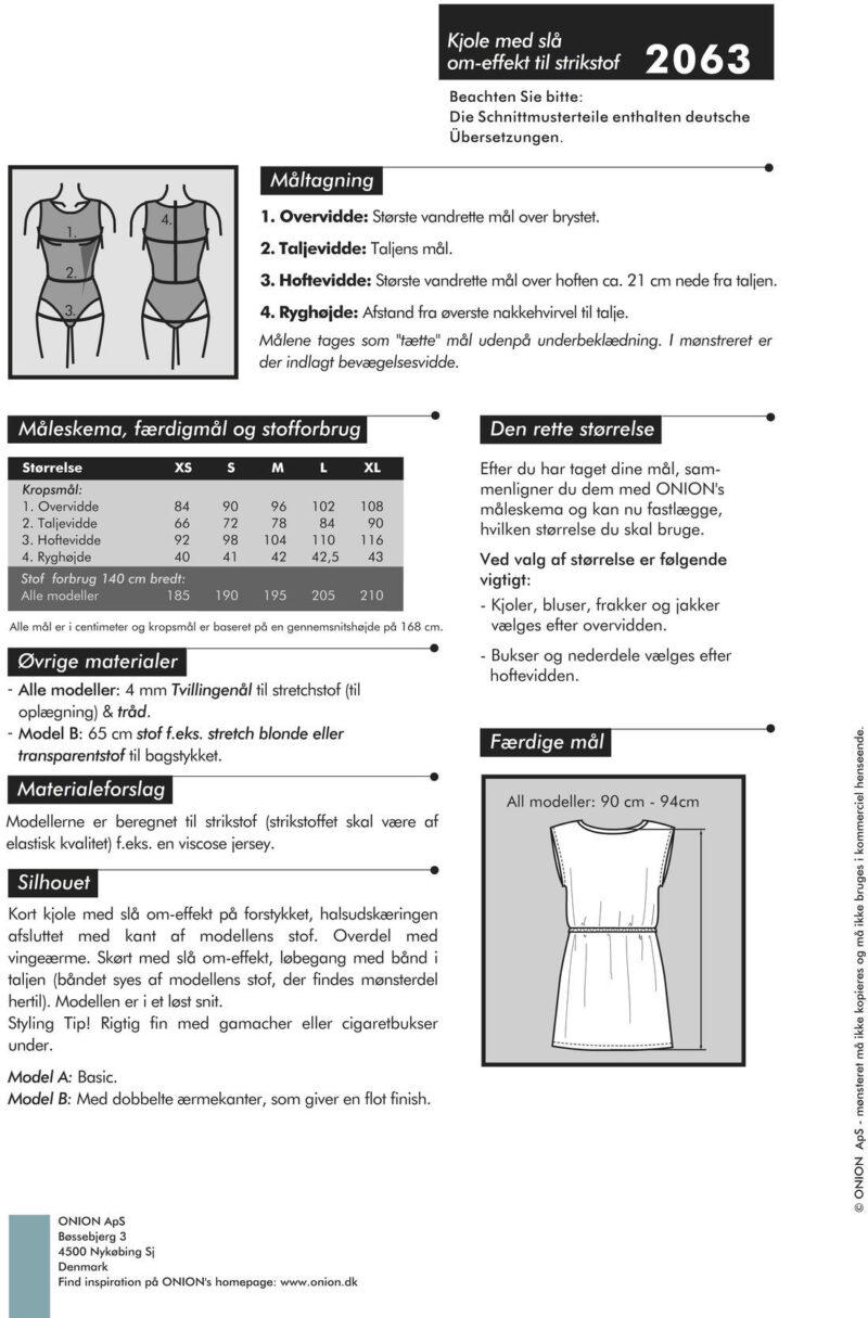 Kjole med slå om-effekt til strikstof, str. XS-XL - Onion 2063 - Onion