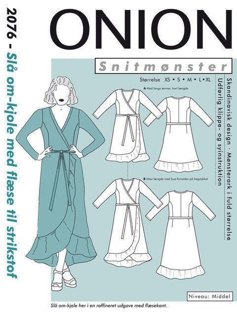 Slå-om-kjole med flæse til strikstof, str. XS-XL - Onion 2076 - Onion