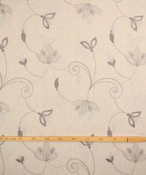 Lys beige m. broderet blomstermønster -