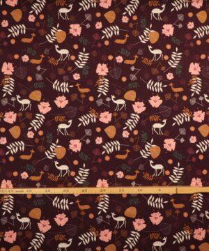 Blomster, blade og dyr på brun bundfarve - Jersey -