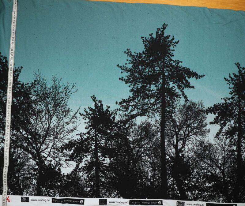 Sorte træer på lys petrol - French Terry -