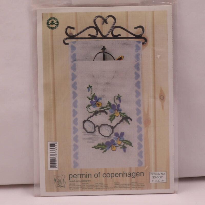 Broderi kit - Briller og blomster, 11x20 cm -