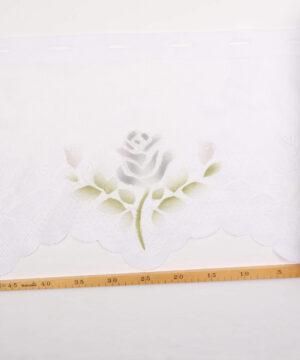 Cafégardin, hvid m. grå blomst - 35 cm høj -