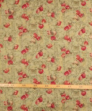 Patchwork - Æbler og tekst på lys olivengrøn -
