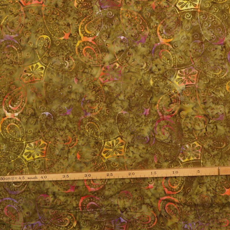Farvet mønster på olivengrøn - Bali -
