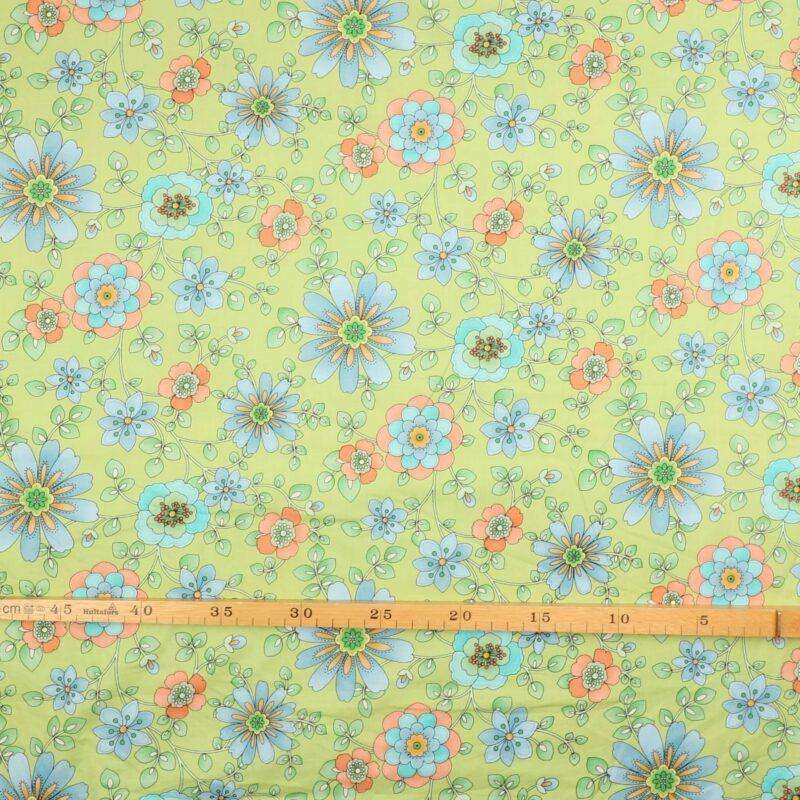 Patchwork - Lys lilla blomster på lys grøn -