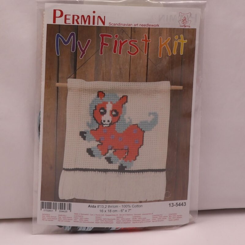 My first kit - Hest 16x18 cm -