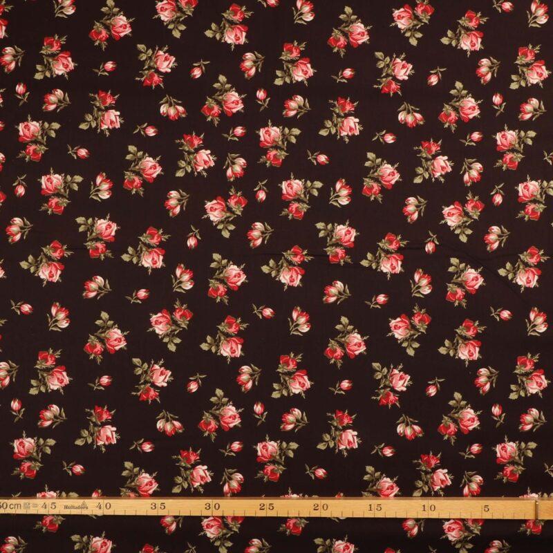 Roser på brun bundfarve - Patchwork -
