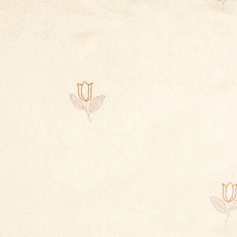 Cremefarvet m. broderet blomst - Bade/bruseforhæng -