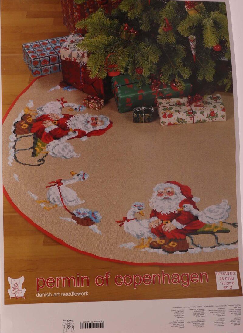 Broderi kit - Juletræstæppe m. julemand, Ø 170 cm -