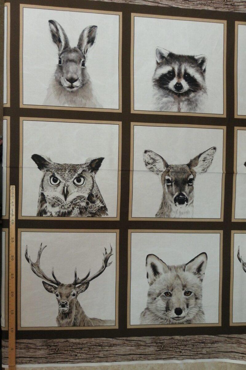 Vilde dyr, hvid bund, brun kant, patchwork rapp. -