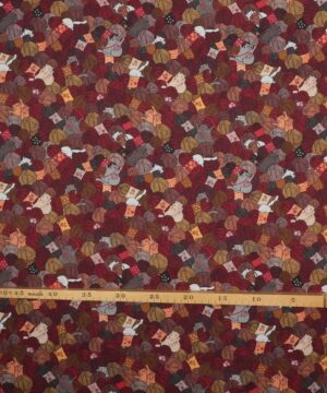 Knitting nook, katte blandt garn - Patchwork -