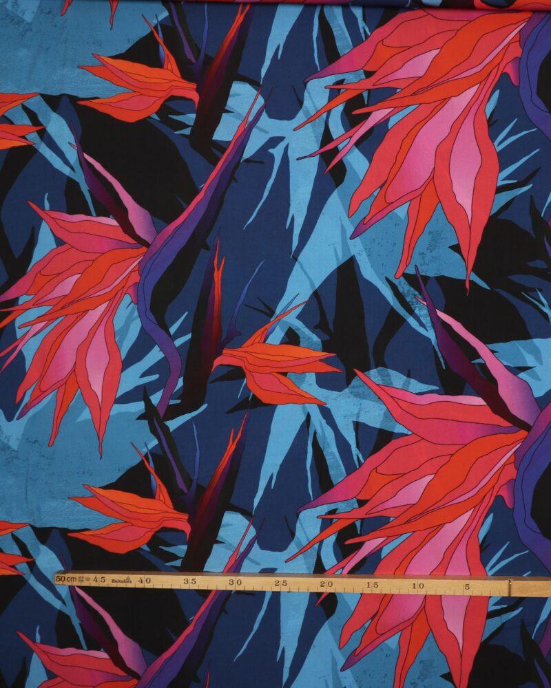 Mønster med blå - Viskose -